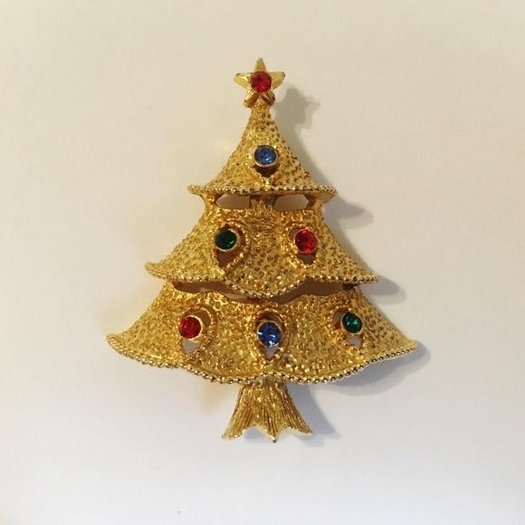 6ac5bbd7e J.J. Jewelry | Christmas Tree Pin Brooch Vintage Gold Signed | Poshmark